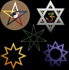 https://www.google.es/search?biw=1366&bih=577&tbm=isch&sa=1&ei=ayLGW7OdPIPmgAaFjJCwBQ&q=estrellas+con+sus+puntas-+esoterico&oq=estrellas+con+sus+puntas-+esoterico&gs_l=img.3...4685.12227.0.13391.27.27.0.0.0.0.254.3793.0j17j4.21.0....0...1c.1.64.img..6.7.1305...0j0i67k1j35i39k1j0i5i30k1j0i24k1.0.OgNNYH1zZX8#imgrc=MPlHusTd2RVriM: